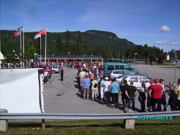 Så här såg biljettkön ut första gången Ljunganrocken gick av stapeln 2011